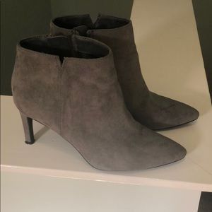 Sam and Libby grey booties. Size 7
